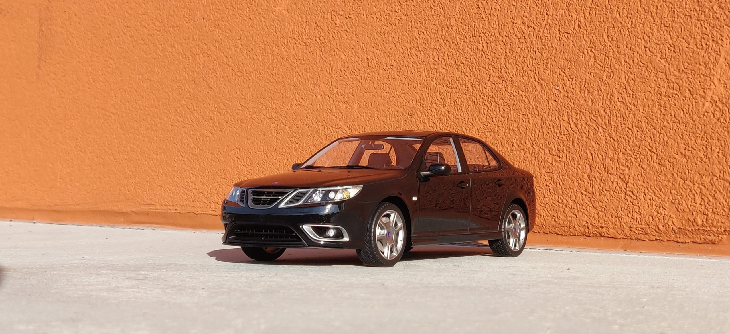 Saab 9-3 Turbo X DNA Collectibles 1/18 scale model