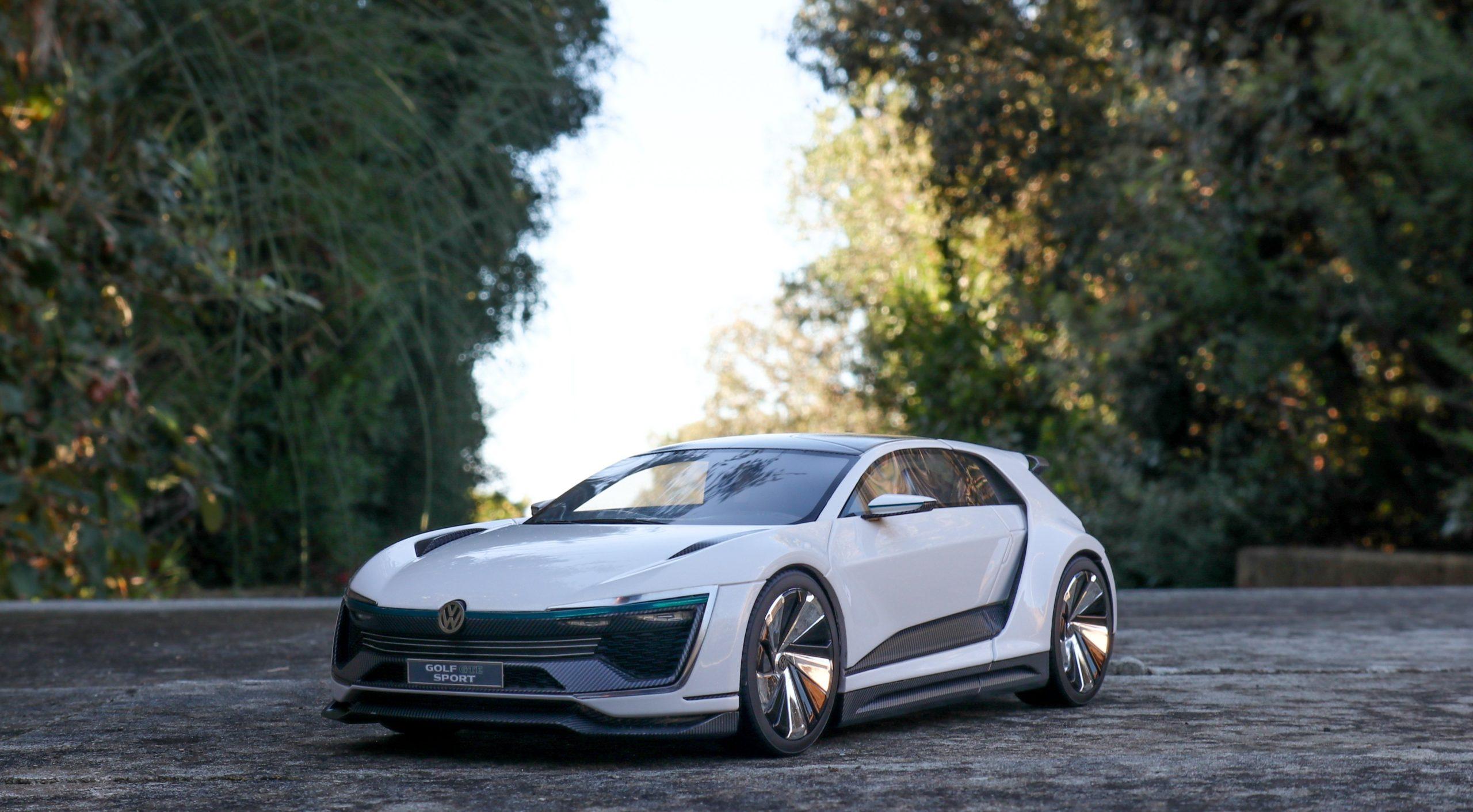 VW Golf GTE Sport Concept DNA Collectibles